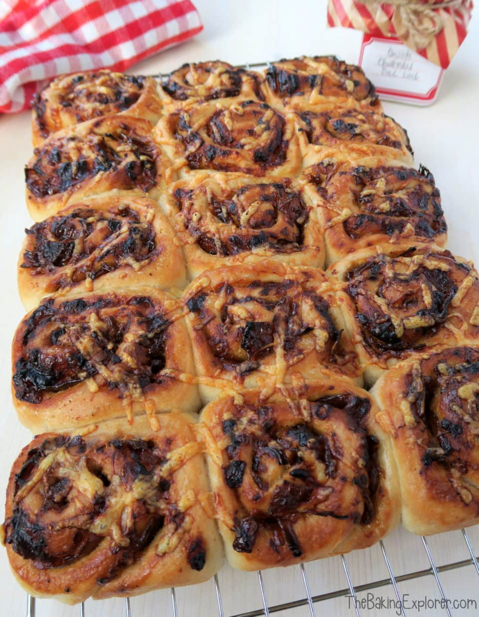 Onion Chutney & Cheese Swirl Bread