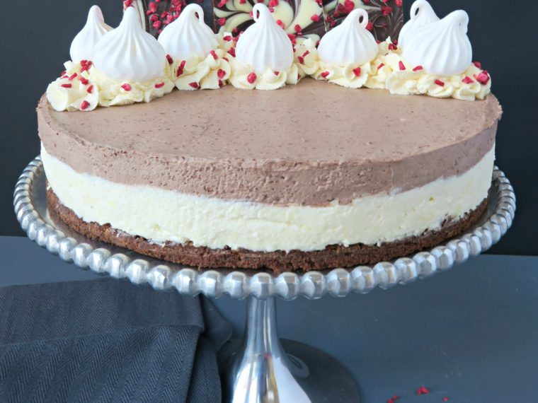 Double Chocolate Cheesecake (No Bake)