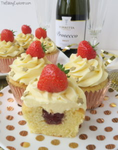 Prosecco & Strawberry Cupcakes