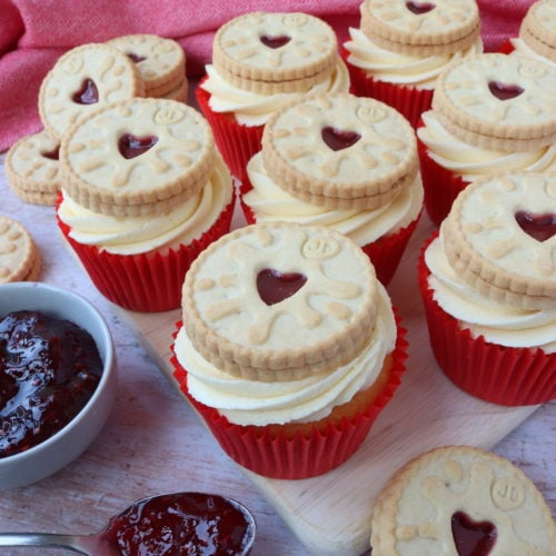 Jammie Dodger Cupcakes