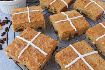 Hot Cross Blondies