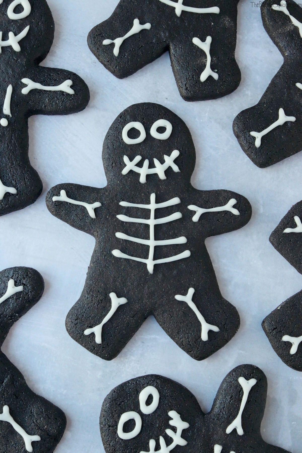 Halloween Skeleton Gingerbread Men
